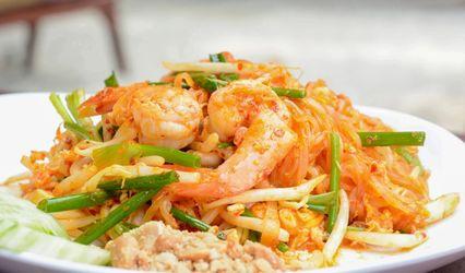 Banh Lao & Thai Cuisine